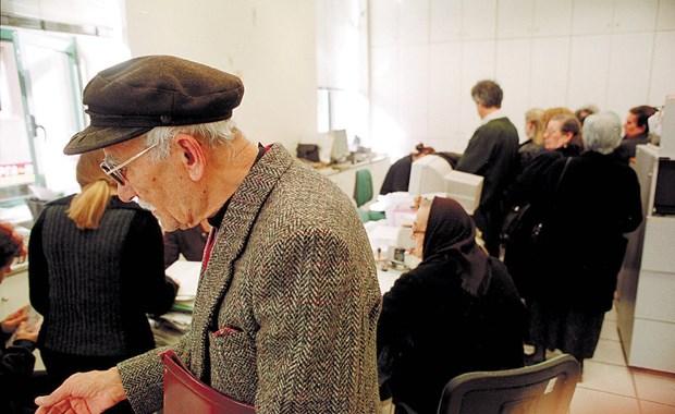 επαμ-καζακης-Περικοπές σοκ σε ΙΚΑ Δημόσιο - ΟΑΕΕ φωτογραφίζει η αναλογιστική μελέτη-00
